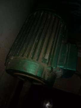 Vendo motores trifásicos 5,5 hp