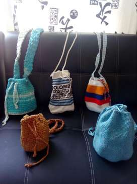 mochilas variadas