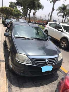vendo auto renault logan 2012