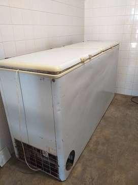 Freezer pozo de frío 800 litros