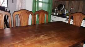 Vendo mesa y silla