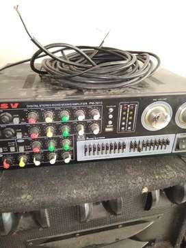 Amplificador LSV y dos Bafles B&L.