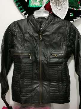 Venta de chaquetas de cuero