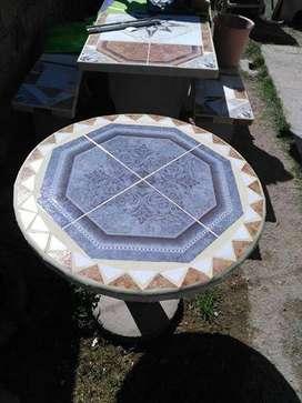 se fabrican mesas pre moldeadas y bancos