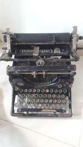 Se vende máquina de escribir Underwood