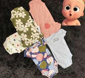 Hermosa ropa de bebé Carters