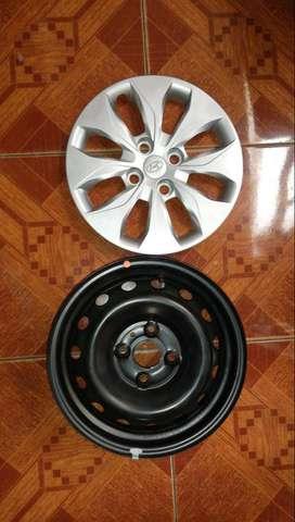 Vendo 4 aros Hyundai segunda mano  Perú