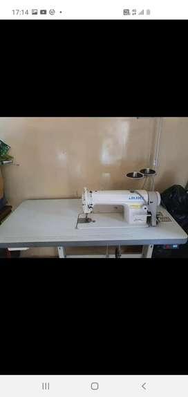 Se vende máquina de coser industrial