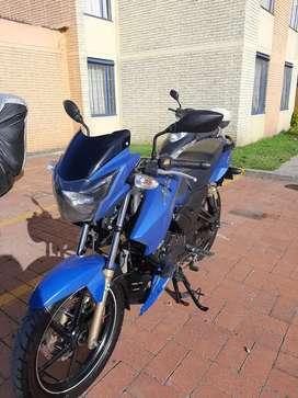 Apache 180 azul mate