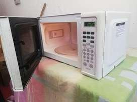 Horno microondas haceb completo se entrega ensayado