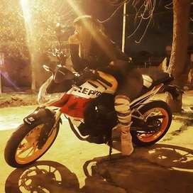 QUIERES APRENDES A MANEJAR MOTO te damos clases de Manejo con Moto Lineal