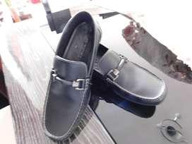 vendo cambio permuto zapatos bosi originales