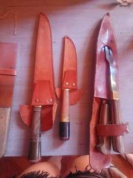 Vendo cuchillos y tenedores