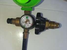 Vendo Regulador-válvula para inflar globos con Helio