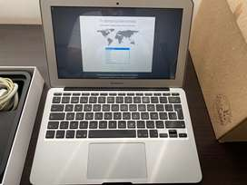 """Se vende MacBook Air 11"""" M. A1465 Early 2015"""