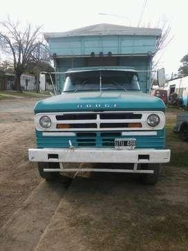 vendo o permuto Dodge 600