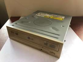 Grabadora Interna de DVD Ide Pata Eide LG GSA-4165B Super Multi Drive para PC