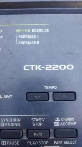 Vendo Teclado Tck 2200 Muy Estado 61tcl