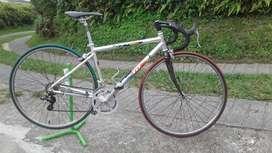bicicleta de ruta J.D excelente estado