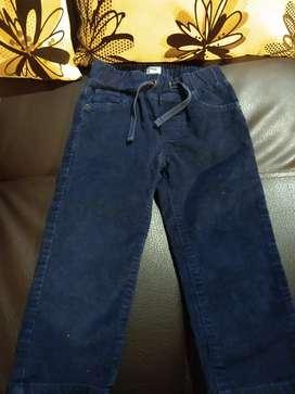Pantalón en dril para niño de 18 a 24 meses marca gap