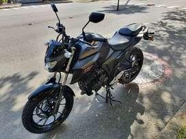 Vendo motocicleta FZN 250 en perfecto estado