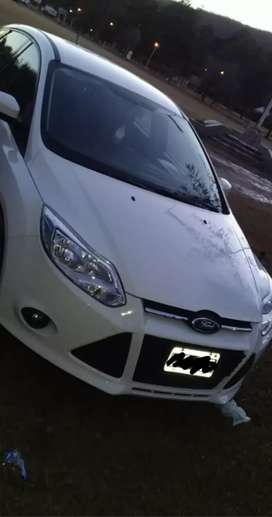 Vendo Ford Focus 1.6