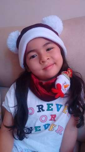 Hermosos gorros navideños para niños y adultos