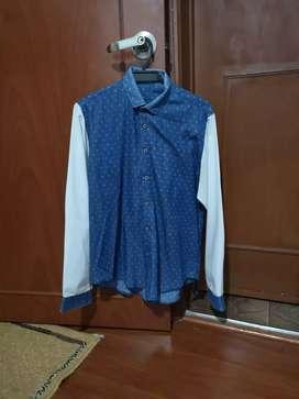 Camisa D-mit talla M 9 de 10 negociable