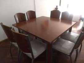 Mesa 130x130 y 8 sillas