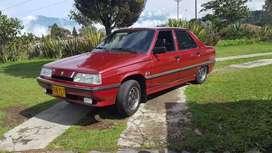 Renault 9 maximo