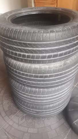 vendo 4 cubiertas pirelli 195 /55/15