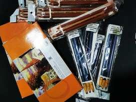 Oleos y lápices de dibujo