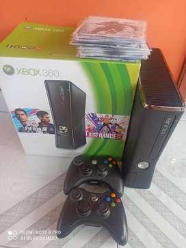Xbox 360, 2 controles y 21 Juegos físicos