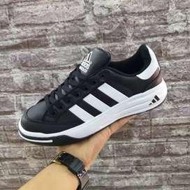 Adidas clou