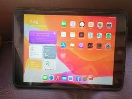 iPad 7th en excelente estado