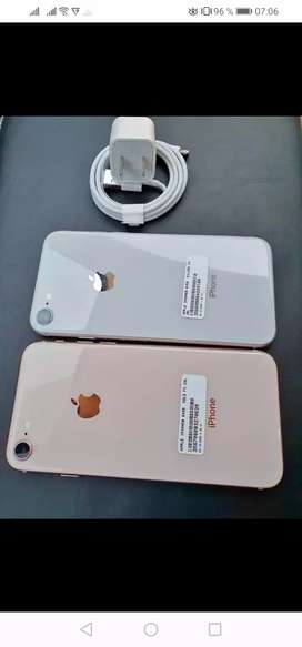 Vendo iphone 8 normal edición gold y silver liberados
