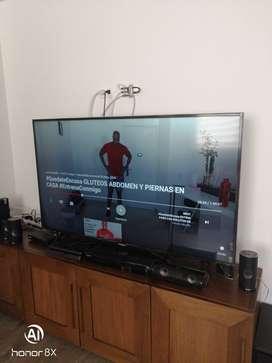 """SMART TV Samsung 58"""" como nuevo. Solo pago en Efectivo."""
