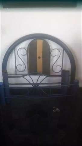 En venta dos camas de Hierro
