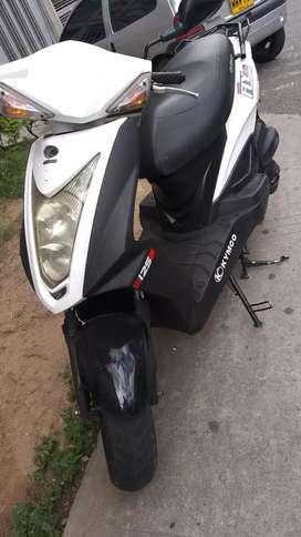 Vendo moto jiliti en mui buenas condiciones único dueño bien cuidada poco uso