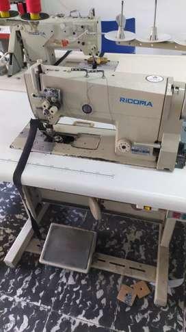 Maquina dos agujas plana marca ricoma ganchos nuevos