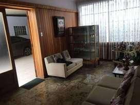 Vendo Casa Como Terreno en plena Avda. Bolognesi - Tacna