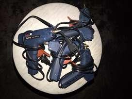 12 - Pistolas de silicona