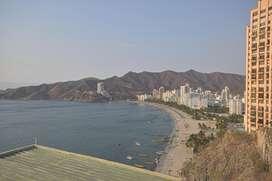 Apto primera linea de playa Rodadero Sur