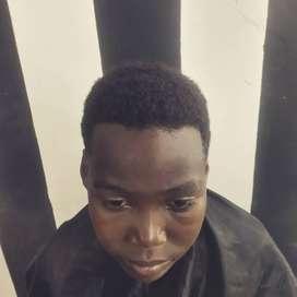 Busco empleo de barbero vivo en Sauces 6