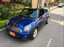 Vendo permuto Mini Cooper Cabrio full equipo.