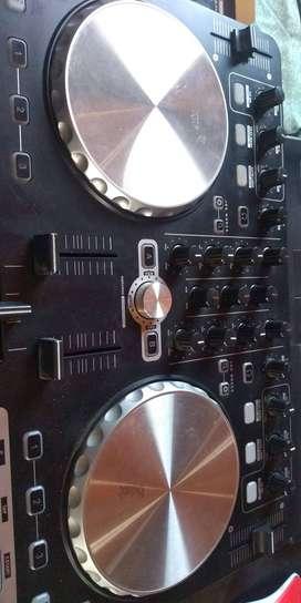 Controlador DJ Reloop Beatmix