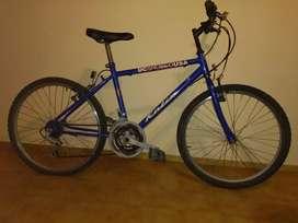 Vendo bicicleta azul usada rodado 24