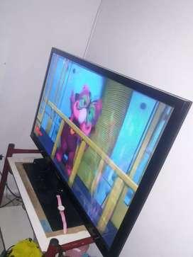 VENDO TELEVISOR 43PULGADA