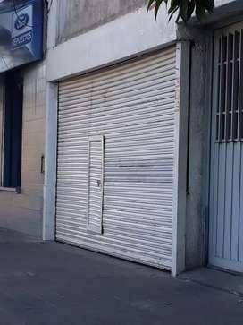 A mts de Peatonal SAN Martín.
