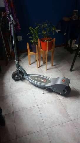 Monopatin Electrico Razor 300